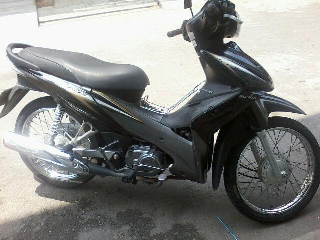 Semi Automatic Honda Wave 110cc Price 900.000Vnd For a month