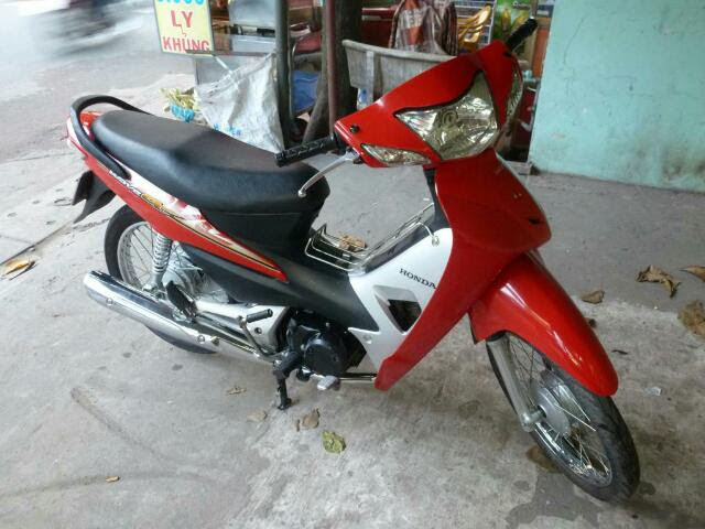 Semi Automatic Honda Wave 100cc Price 800.000Vnd For a month