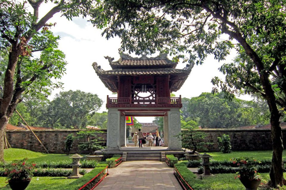 VISIT THE TEMPLE OF LITERATURE